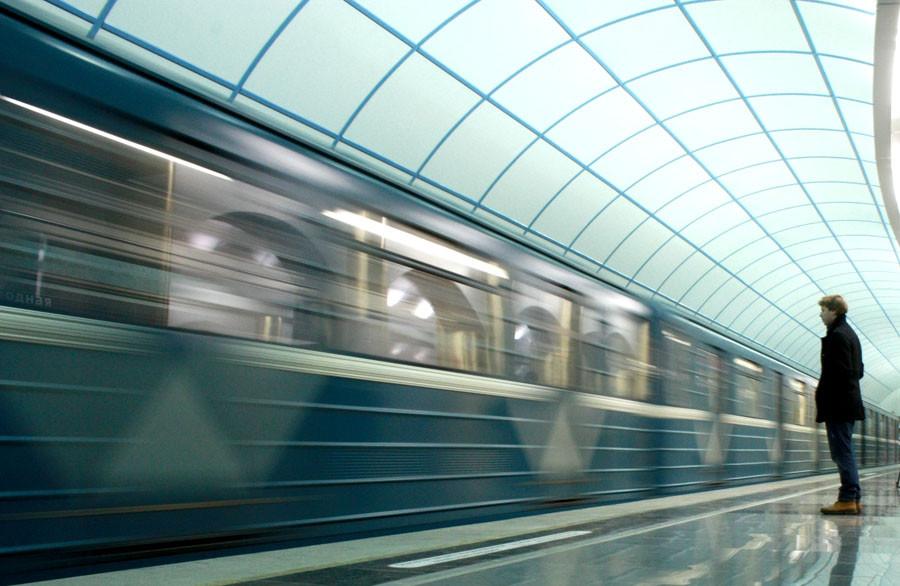 Наземного вестибюля станции Спасская, попасть на которую сейчас воз…